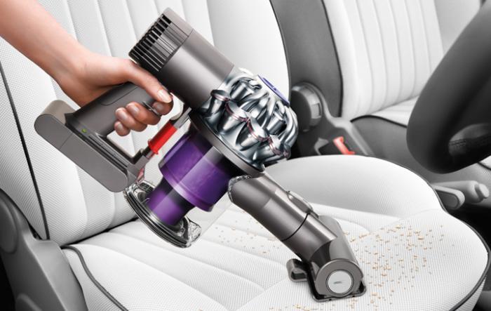 Aspira tu coche con la Dyson dc62